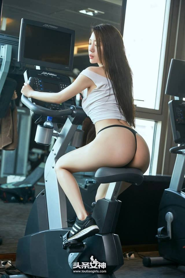 Sexy asian girl working out
